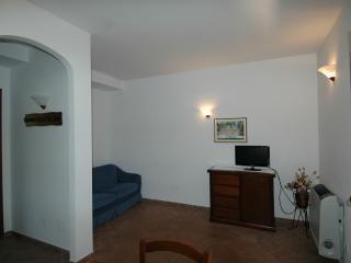 Agriturismo San Vincenzo Appartamento 02 - Sovana vacation rentals