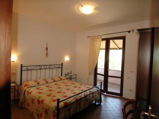 Agriturismo San Vincenzo camera 02 - Sovana vacation rentals