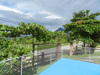 Nice Bungalow in La Fortuna de San Carlos with A/C, sleeps 10 - La Fortuna de San Carlos vacation rentals
