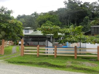 Nice Bungalow with Internet Access and A/C - La Fortuna de San Carlos vacation rentals