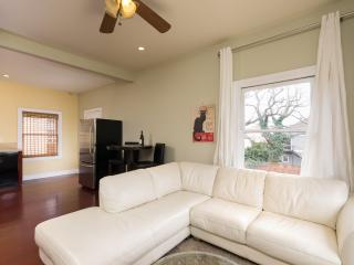 Gorgeous Home In Oakland -10 Mins To San Francisco - Oakland vacation rentals