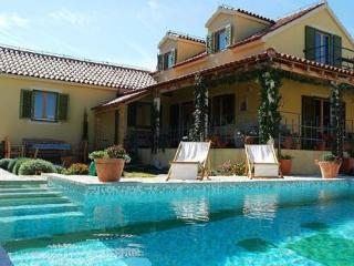 Amazing Tuscany-Styled Villa Overlooking Adriatic - Skrip vacation rentals