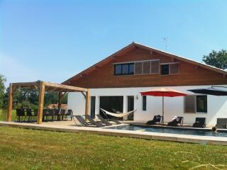 Contemporary villa with heated pool near Hossegor - Angresse vacation rentals
