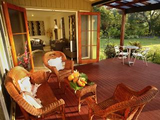 Perfect 1 bedroom Aroa Beach Villa with Deck - Aroa Beach vacation rentals