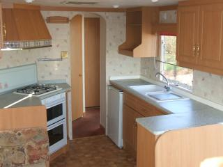 Privately Owned, 3 Bed, 6 Berth Caravan - Bognor Regis vacation rentals