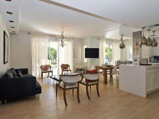 Fisher Island Magnificant 3 Bdrm Villa - Miami Beach vacation rentals