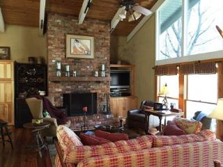 Nice Cabin with Deck and Internet Access - Cashiers vacation rentals
