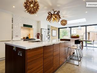 Contemporary family home with garden on Sheen Road, Richmond - London vacation rentals