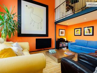 Artistic and colourful 2 bedroom apartment, London Bridge - London vacation rentals