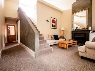 LUXICO - Little Charles - Melbourne vacation rentals