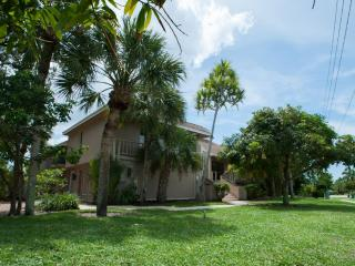 621 Bimini Avenue - Marco Island vacation rentals