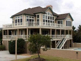 Spacious 5 bedroom House in Corolla with Private Outdoor Pool - Corolla vacation rentals