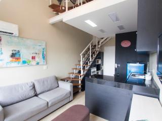 Nice 1 bedroom Vila Mariana Apartment with A/C - Vila Mariana vacation rentals