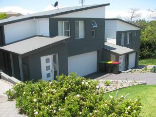 Perfect Townhouse with Dishwasher and Toaster - Kiama vacation rentals