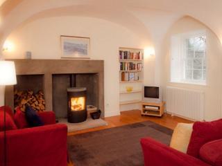 THE OLD CHAPEL, George Square, Edinburgh, Scotland - - Edinburgh vacation rentals