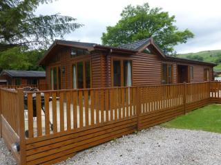 SWALLOWS LODGE, Limefitt Park, Troutbeck, Near Windermere - - Troutbeck Bridge vacation rentals