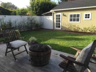 Santa Monica Guest House, Pool, bikes -$1800 month - Santa Monica vacation rentals
