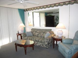 Romantic 1 bedroom Condo in Cape Canaveral with Internet Access - Cape Canaveral vacation rentals