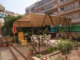 Nice Condo with Balcony and Parking - Saint-Raphael vacation rentals