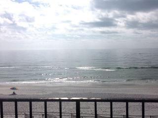 Great Views, Gulf Front, and Beautiful! - Fort Walton Beach vacation rentals