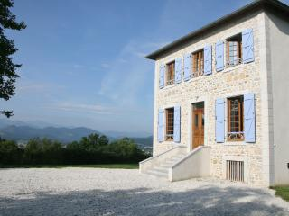Beautiful Gascony villa with heated pool - Oloron-Sainte-Marie vacation rentals
