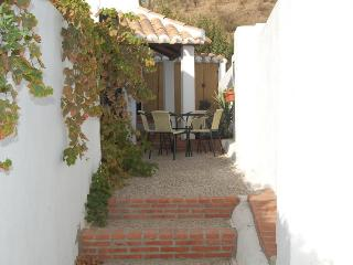 Charming 2 bedroom Farmhouse Barn in Almeria Province with Deck - Almeria Province vacation rentals