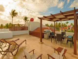 Arenas de Bavaro F302 - Walk to the Beach, Inquire About Discount Promo Code - Punta Cana vacation rentals