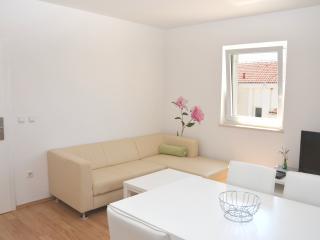 Modern Apartment Close to Beach (33) sleeps 4+1 - Novalja vacation rentals