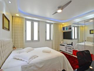 2 quartos luxuoso em copacabana - Rio de Janeiro vacation rentals