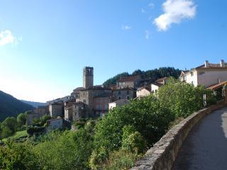 Gite, Antraigues sur Volane, Ardèche - Antraigues-sur-Volane vacation rentals