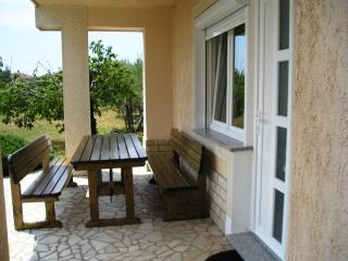 Dino 2 - apartment for 2-4 persons with parking and AC - Krk vacation rentals