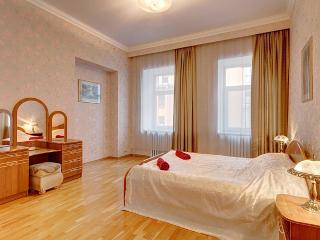2bedroom apartment on Volynsky (358) - Saint Petersburg vacation rentals