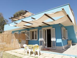 2 bedroom House with Internet Access in Pozzallo - Pozzallo vacation rentals
