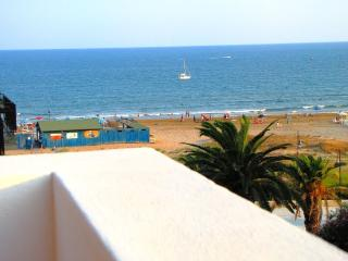 Beautiful 2 bedroom House in Pozzallo with A/C - Pozzallo vacation rentals