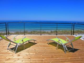 Villa de la plage, jacuzzi accès direct à la plage - Plouescat vacation rentals
