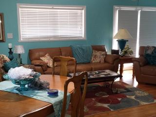 River View Cottage Near Wcu, River Rafting, Walkin - Smoky Mountains vacation rentals