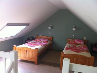 Romantic 1 bedroom B&B in Berlicum with Internet Access - Berlicum vacation rentals
