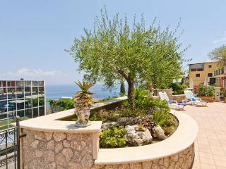 Casa Pirandello - Taormina vacation rentals