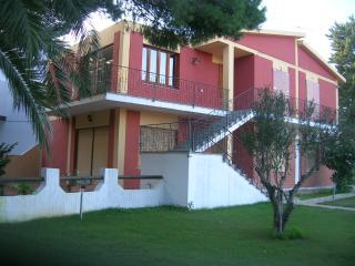 casa bifamiliare porto pino 300 metri mare - Porto Pino vacation rentals