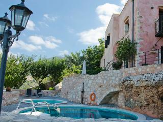 Bardis, Traditional House near Chania - Kastellos vacation rentals