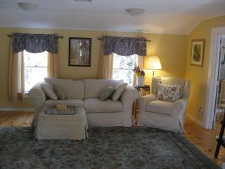 Charming Carriage House - Harwich Port vacation rentals