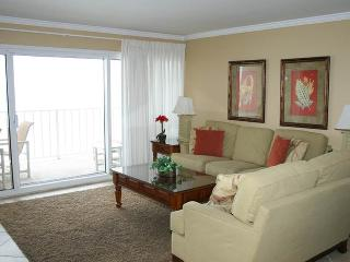 Beautiful Condo with Waterfront and Shared Outdoor Pool - Miramar Beach vacation rentals