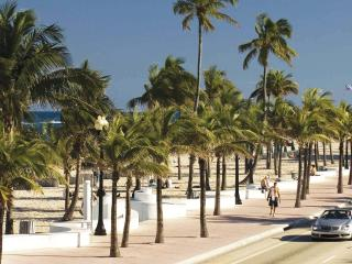 Spacious 1-Bedroom Condo at Beach - Fort Lauderdale vacation rentals