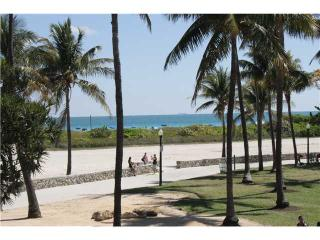 Best Deal! Modern 2 BR with incredible Ocean View in the heart of Ocean Drive 1CM2BZA - Miami Beach vacation rentals