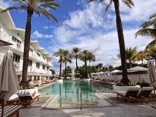 Renovated South Beach Hotel Studio, Beach Access, Gym & Pool - Miami Beach vacation rentals