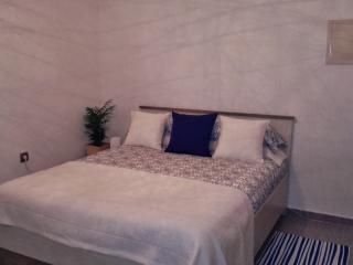 Comfortable 2 bedroom Condo in Premia de Mar - Premia de Mar vacation rentals
