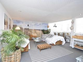 The Beach House, Poole, Poole, Dorset - Poole vacation rentals