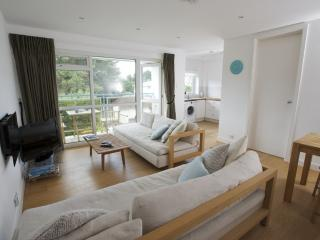15 Fairwinds, Sandbanks, Dorset - Poole vacation rentals