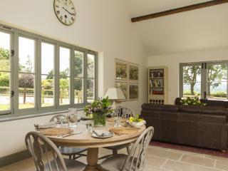 Chisel Barn Foxditch, Blandford Forum, Dorset - Child Okeford vacation rentals