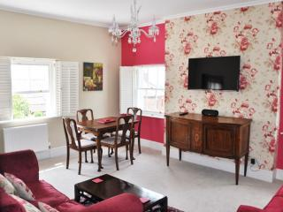 Bove Town House Apartment, Glastonbury, Somerset - Glastonbury vacation rentals